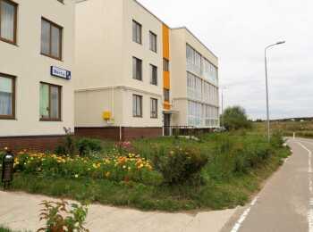 Малоэтажные монолитно-кирпичные жилые корпуса